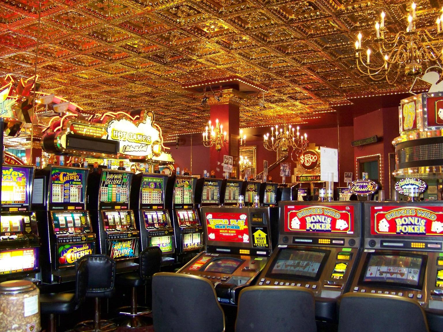 Gambling table hire